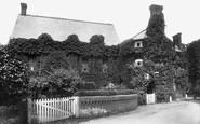 Ockham, Hautboy Hotel 1904