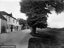 The Red Lion 1924, Ockley