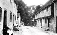 Odiham, Old Houses, Cemetery Hill 1910