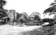 Oakwood Hill, Village 1906
