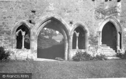 Cleeve Abbey, Chapter House 1933, Old Cleeve