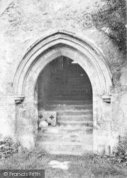 Cleeve Abbey, Entrance To Refectory 1913, Old Cleeve