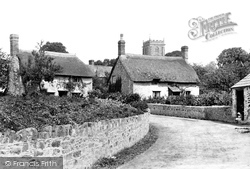 Village 1906, Old Cleeve