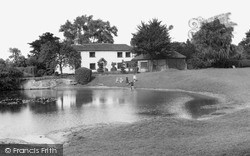 The Pond c.1955, Old Coulsdon