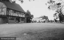 The Tudor Rose c.1960, Old Coulsdon