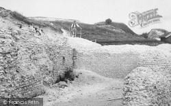 Old Sarum, Excavations, The Kitchen 1913