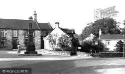 Old Whittington, The Cenotaph And Revolution House c.1955
