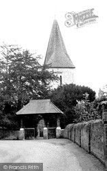 Old Windsor, St Peter And St Andrew's Church, Ham Fields c.1965