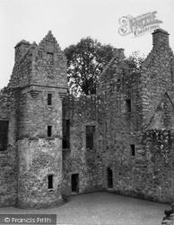 Oldmeldrum, Tolquhon Castle 1950