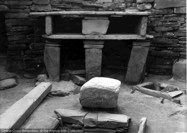 Photo of Orkney, Dresser, Hut 7, Skara Brae 1954