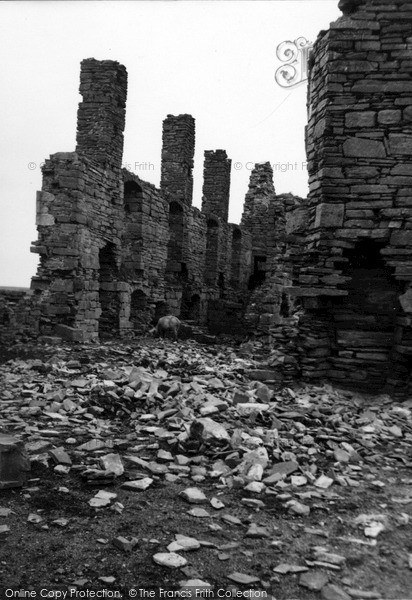 Photo of Orkney, Earl's Palace, Birsay 1954