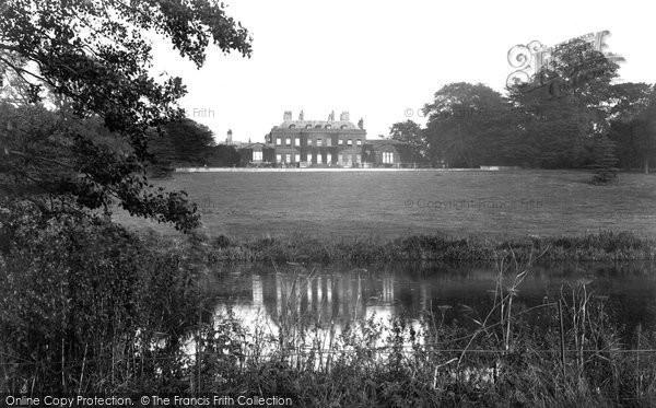 Photo of Ossington, The Hall 1913