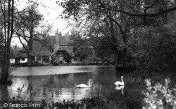 Otford, The Lake And Manor House c.1955