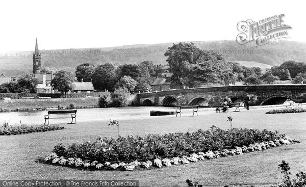 Photo of Otley, Wharfe Bridge c1955, ref. O49009