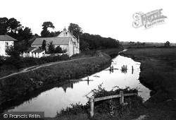 Otterton, Ottermouth Cottages And The River 1890