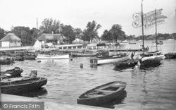 Boat Landing c.1939, Oulton Broad