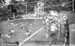Oulton Broad, Swimming Pool, Nicholas Everitt Park c.1950