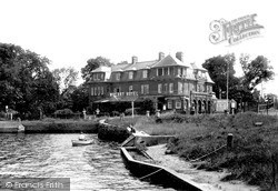 Oulton Broad, Wherry Hotel c.1939