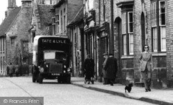 Oundle, A Tate & Lyle Lorry c.1950