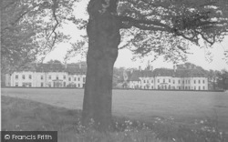 Oundle, Sanderson And Dryden School Houses c.1950