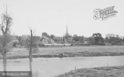 Oundle, View From The River c.1955