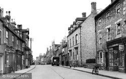Oundle, West Street c.1950