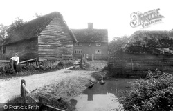 Outwood, Cogmans Farm 1908