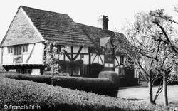 Outwood, Cogmans Farm c.1965