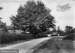 Outwood, Village 1906