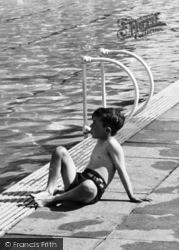 Overstone, Boy At The Solarium, Overstone Park c.1955