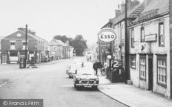 High Street And White Lion Hotel c.1965, Owston Ferry