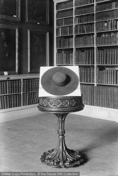 Christ Church Library, Cardinal Wolsey's Hat 1912, Oxford