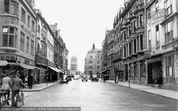 Oxford, Cornmarket Street c1950