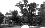 Oxford, Keble College 1890