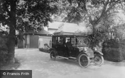 Lanchester Car And Chauffeur, Apsley Paddox 1913, Oxford