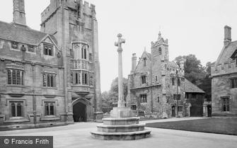 Oxford, Magdalen College and War Memorial 1922