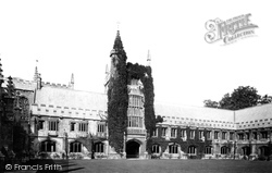 Oxford, Magdalen College, Quadrangle 1890