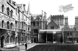 Oxford, Pembroke College, Quadrangle 1890