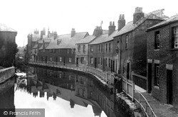 Oxford, The Canal, Station Road c.1910