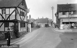 Oxted, High Street 1928