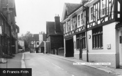 Oxted, High Street c.1965