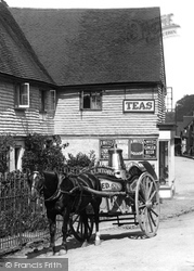 Oxted, Milk Cart 1908
