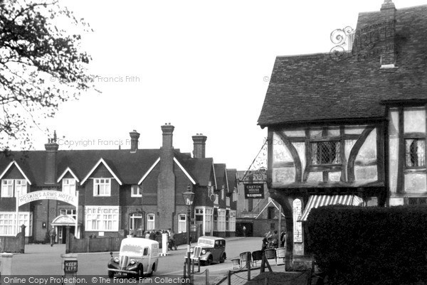 Oxted, the Hoskins Arms Hotel, c.1955  Reproduced courtesy of The Francis Frith Collection