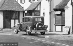 Oxted, Vintage Car c.1930