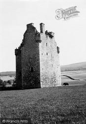 Harthill Castle 1949, Oyne