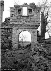 Harthill Castle 1961, Oyne