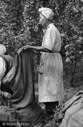 Paddock Wood, Woman Hop Worker c.1950