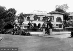 Paignton, Deller's Summer Café 1928