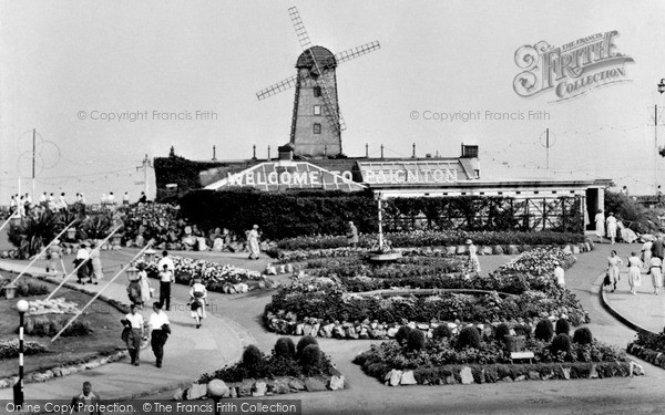 Paignton, the Windmill, entrance to Promenade c1955