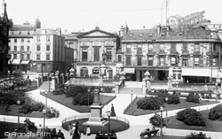 Dunn Square 1901, Paisley